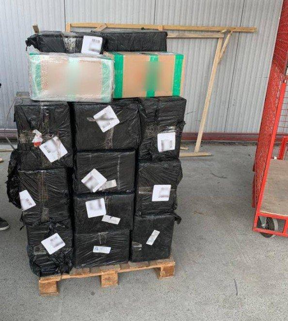 На Сумщині затримали тютюнову контрабанду на 650 тис гривень, фото-2