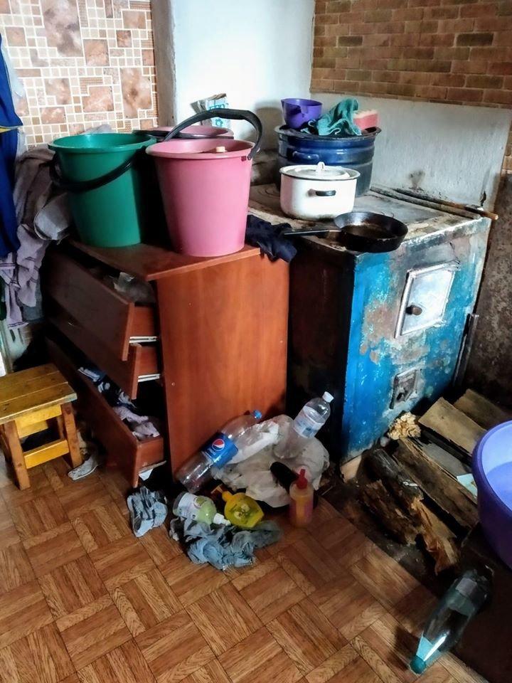 На Сумщині на мати 6 дітей за невиконання батьківських обов'язків склали адмінпротокол, фото-3