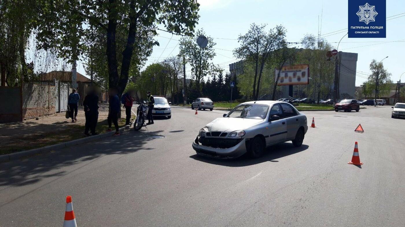 ДТП у Сумах: на перехресті зіткнулися легковик та мотоцикл, фото-3