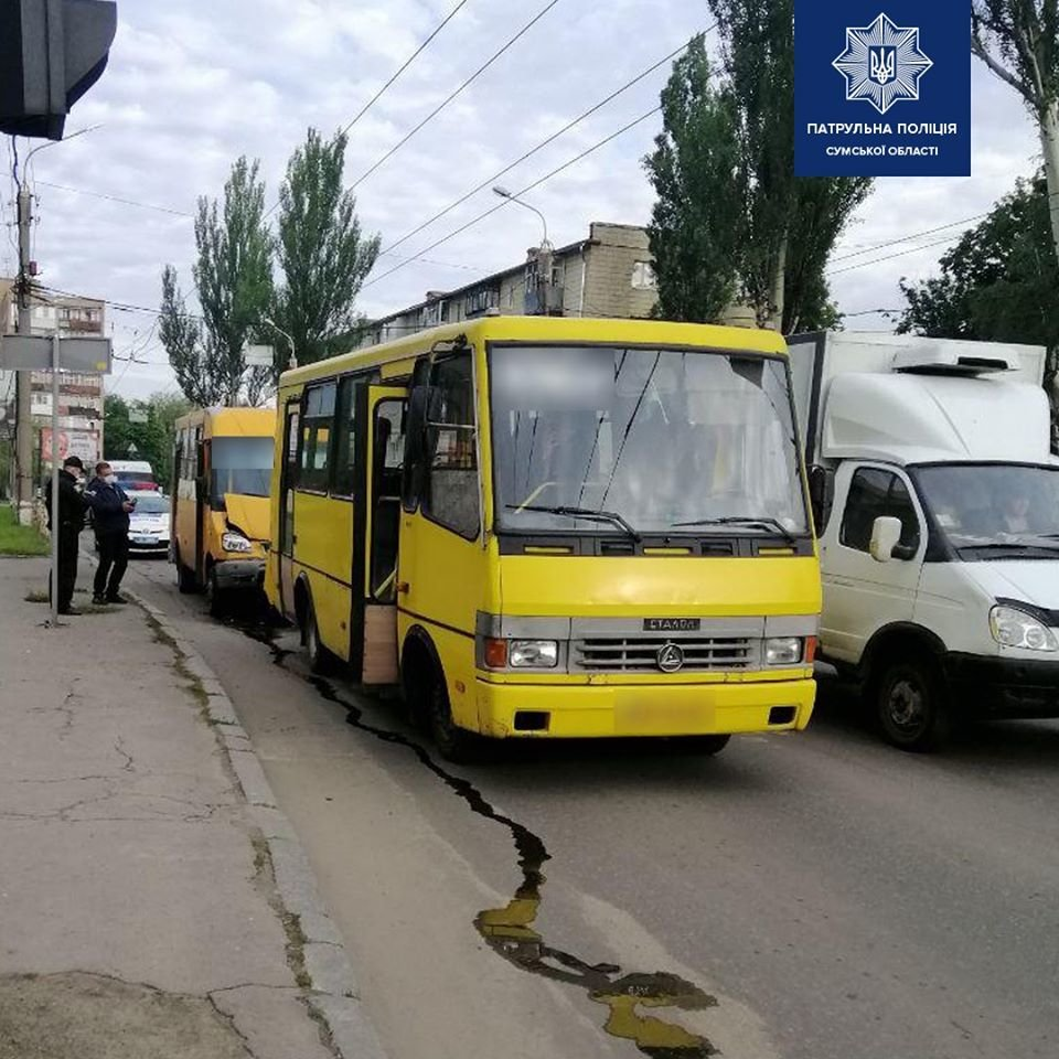 У Сумах аварія за участю двох маршруток , фото-3