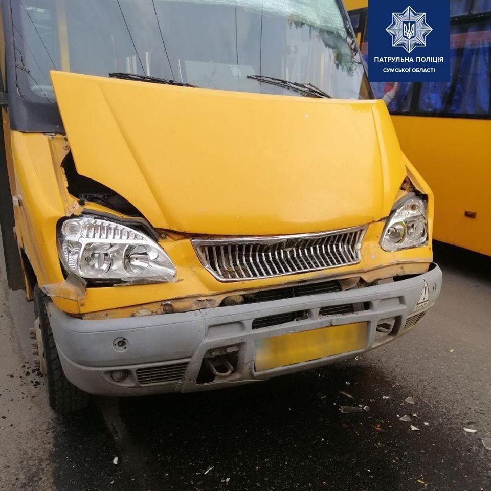 У Сумах аварія за участю двох маршруток , фото-1
