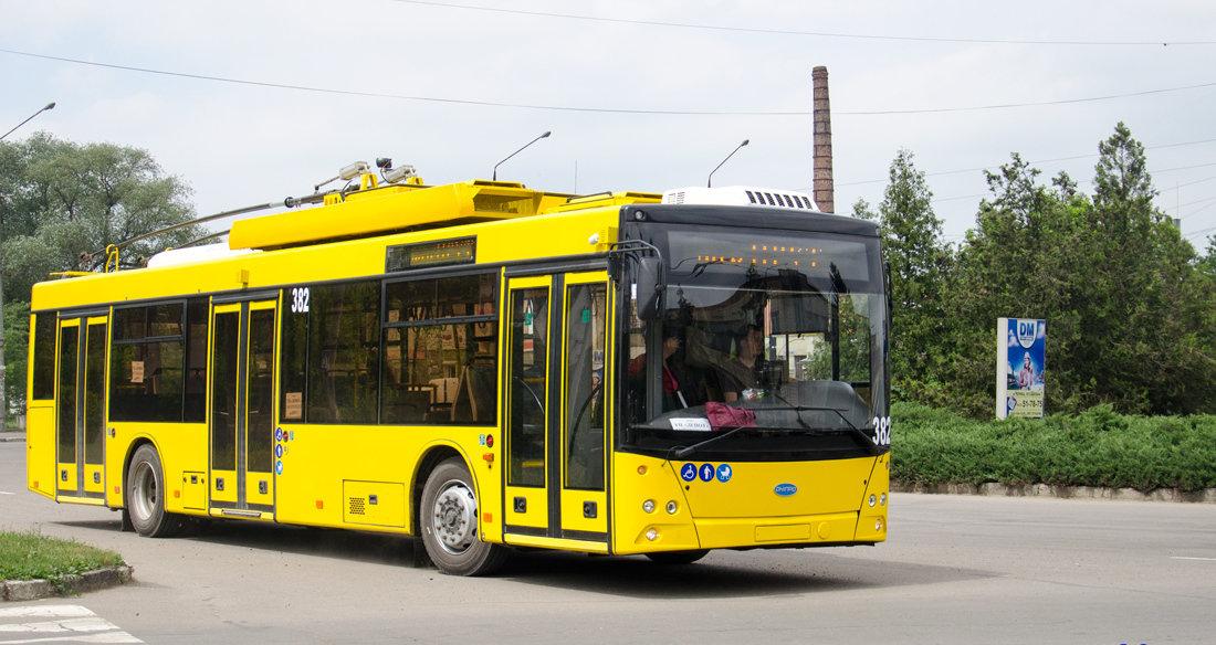 У Сумах повернули пільги пенсіонерам та школярам в години пік тільки в комунальному транспорті, фото-1