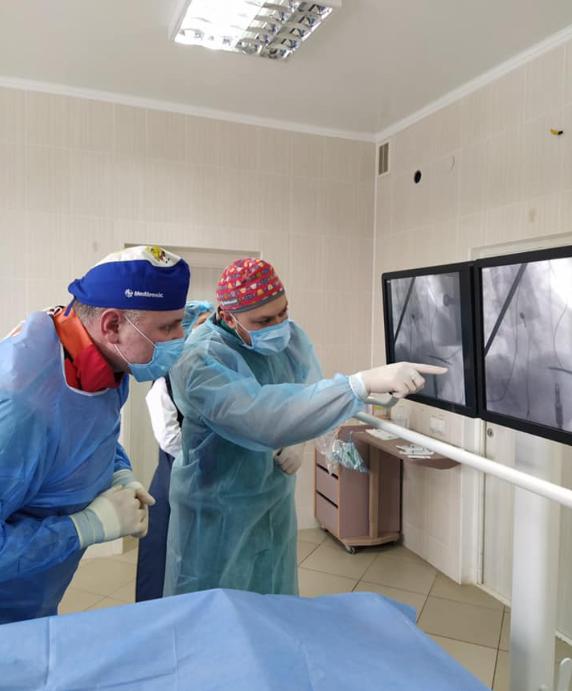 Сумські кардіологи першими в області провели унікальну операцію, фото-1