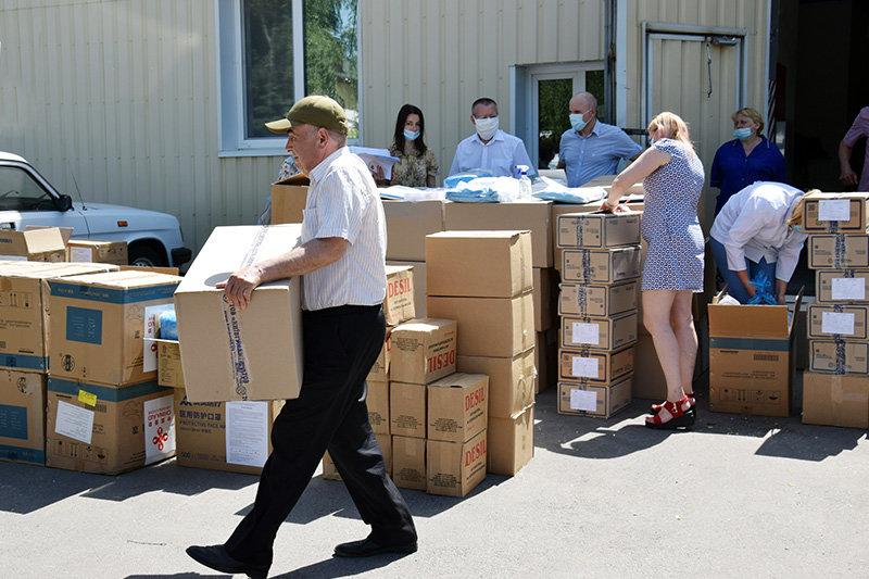 Лікарні Сумщини, де лікують хворих на Covid-19, отримали чергову гуманітарну допомогу, фото-5