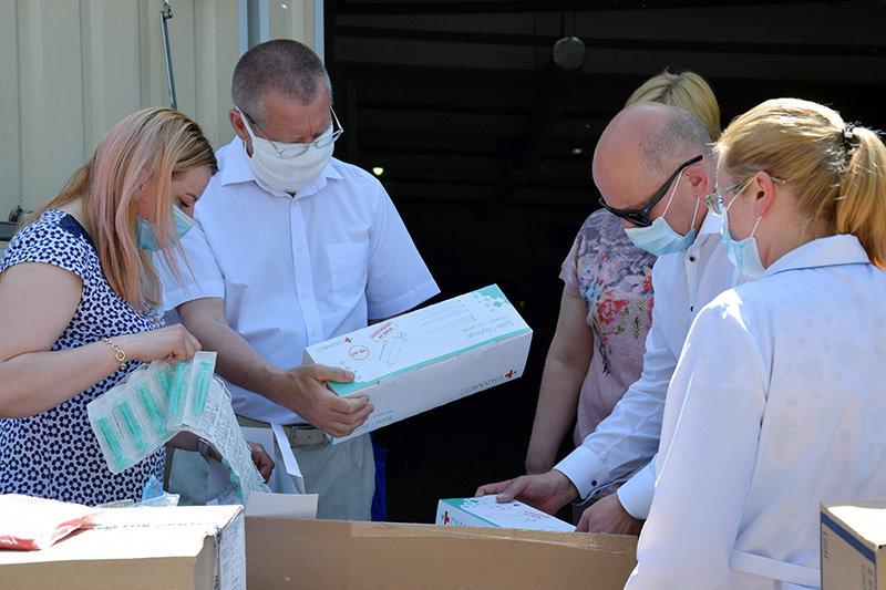 Лікарні Сумщини, де лікують хворих на Covid-19, отримали чергову гуманітарну допомогу, фото-4