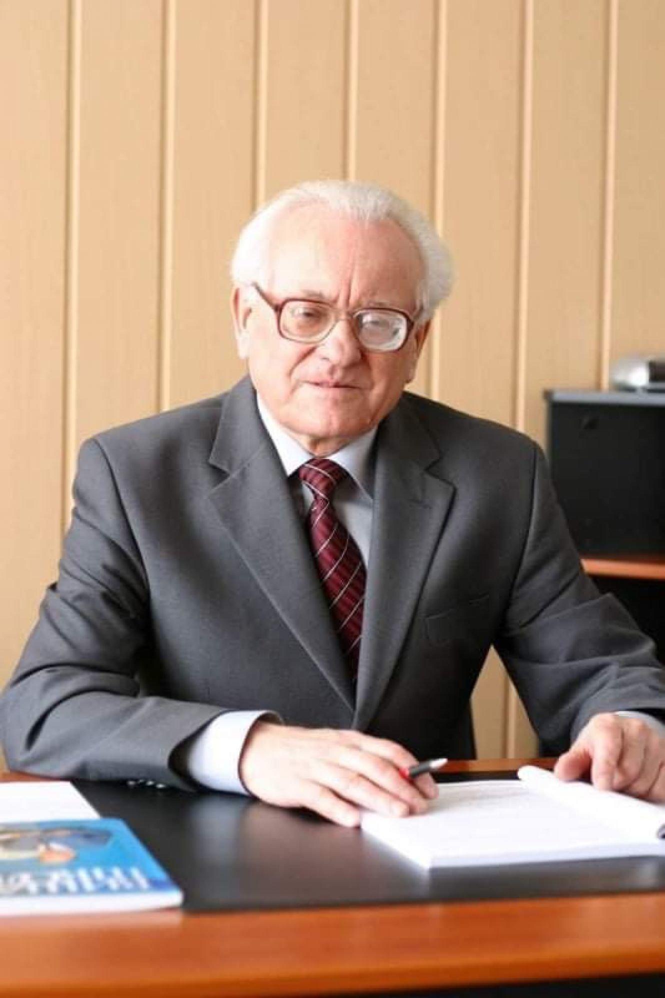 У Сумах помер відомий викладач і науковець, фото-1