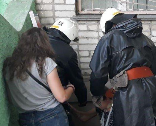 На Сумщині підліток впав у підвал: травмованого хлопця витягували рятувальники, фото-1