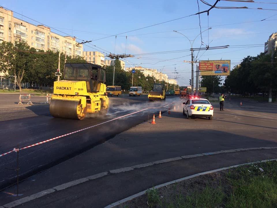 Увага! Через ремонт на Харківській комунальний транспорт міняє маршрути. ОНОВЛЕНО, фото-1