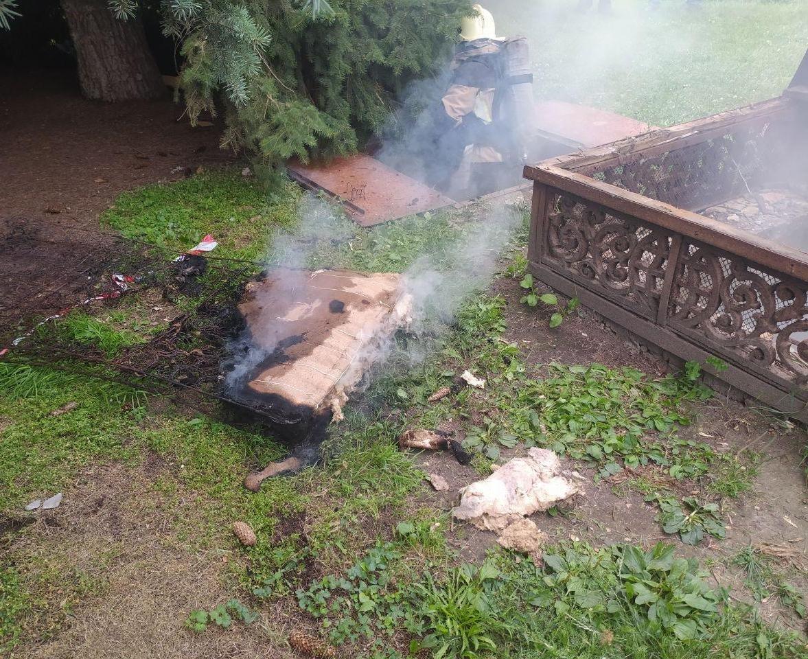 Стали відомі подробиці пожежі на Театральній площі у Сумах , фото-2