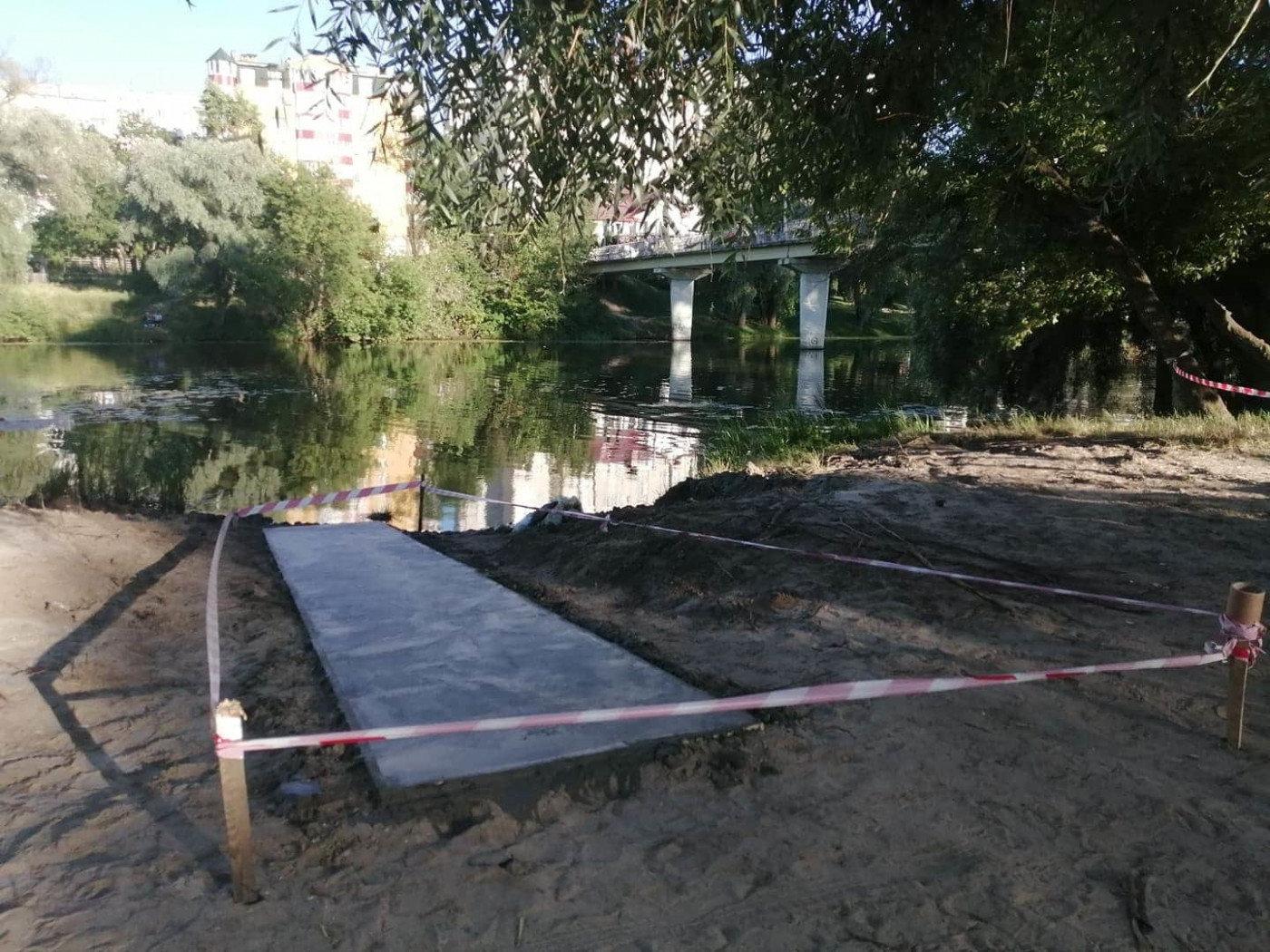 У Сумах для людей з інвалідністю будують річковий пандус, фото-5