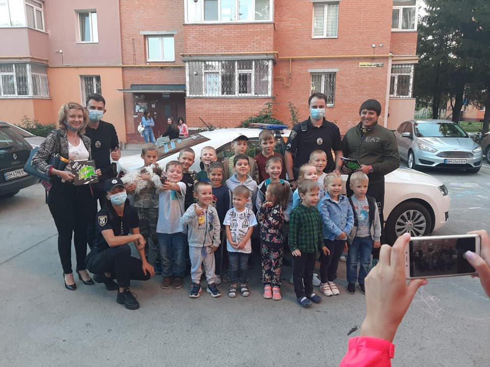 У Сумах депутати разом з патрульними провели захід для малечі «Пильне батьківство - щасливе дитинство» , фото-8