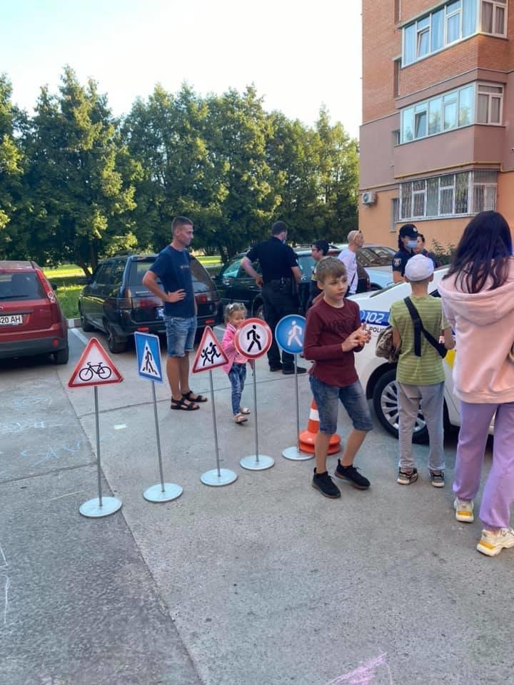 У Сумах депутати разом з патрульними провели захід для малечі «Пильне батьківство - щасливе дитинство» , фото-2