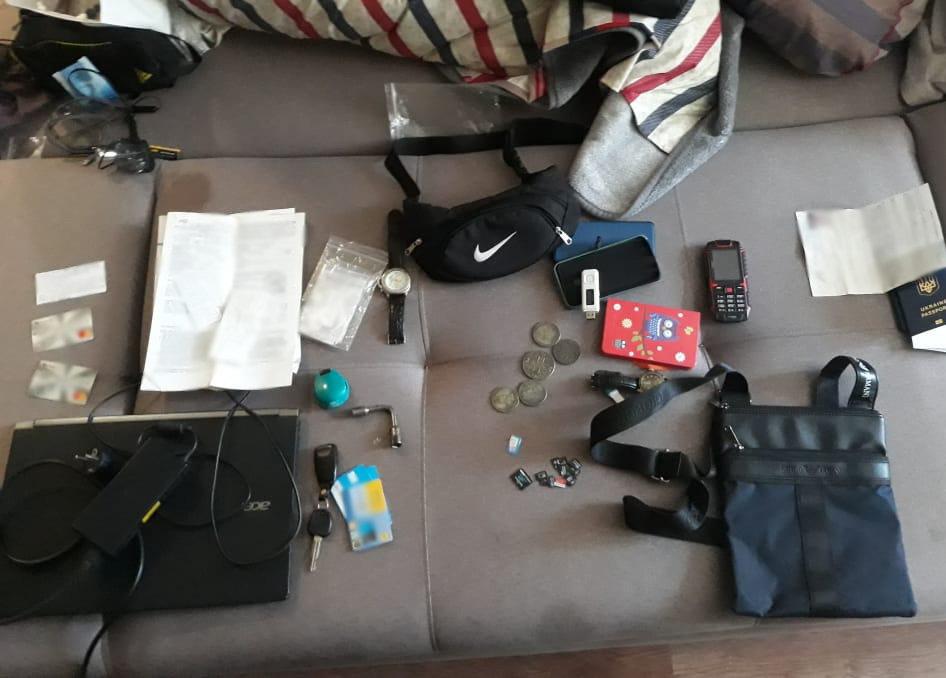 На Сумщині затримано банду,  яка обкрадала пасажирів у поїздах, фото-6
