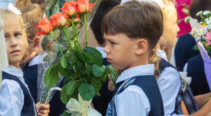 Подовження навчання та нетрадиційні лінійки: чого очікувати школярам Сум з 1 вересня, фото-1