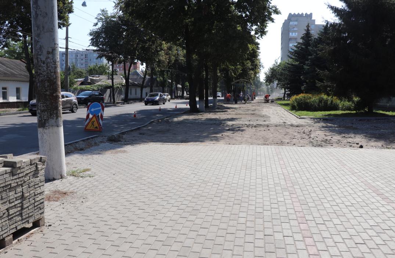 Протягом наступних трьох років в місті мають бути відремонтовані всі тротуари, – Олександр Лисенко, фото-4