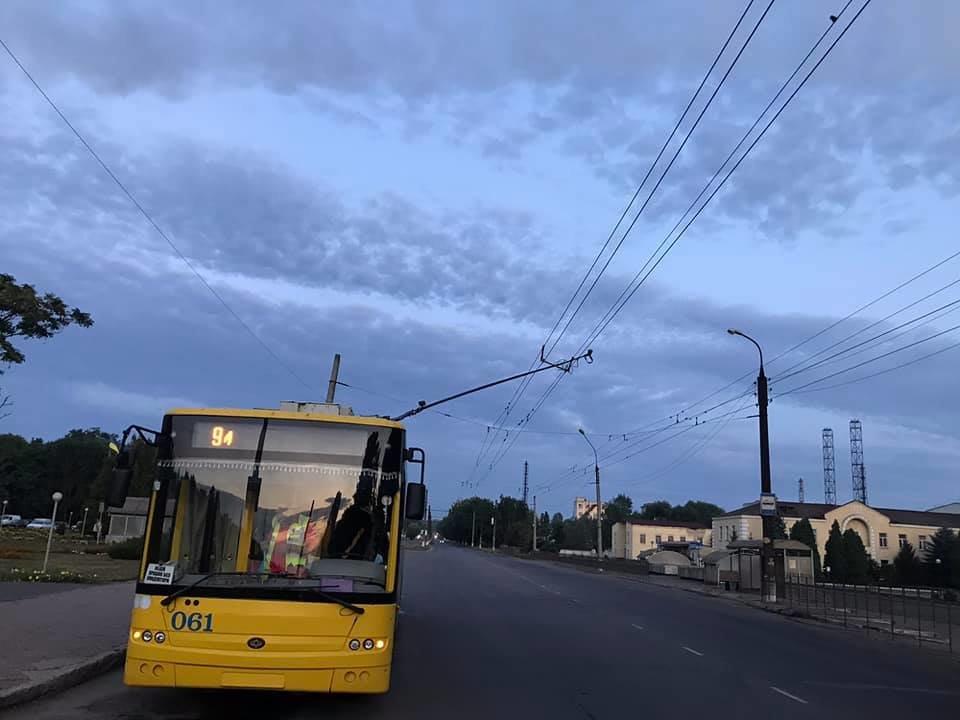 У Сумах ДТП за участю тролейбуса та фури, фото-2