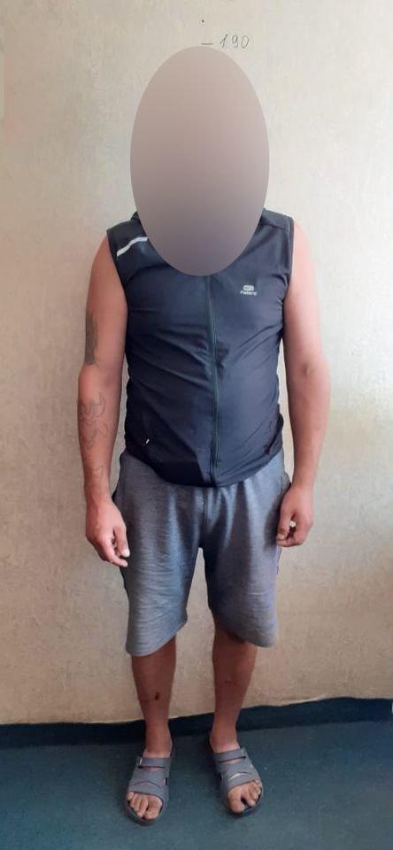 Мати думала, що син спить: на Сумщині труп чоловіка кілька днів пролежав у квартирі, фото-3