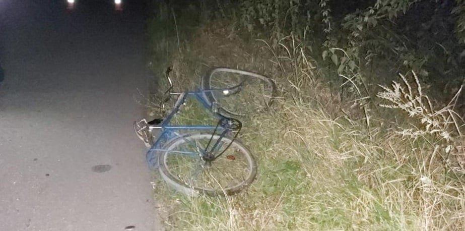 На Сумщині мопед виїхав на зустрічну смугу та збив велосипедиста , фото-2