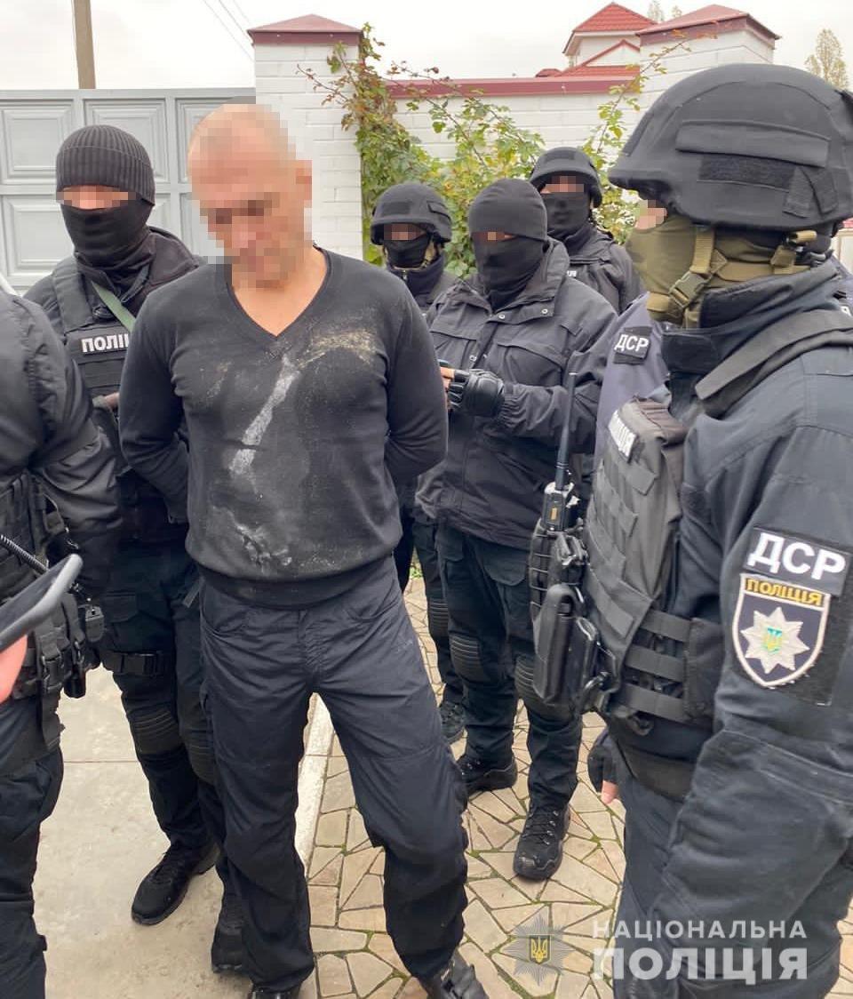 В Сумах поліція затримала кримінального «авторитета», який перебував у розшуку, фото-5