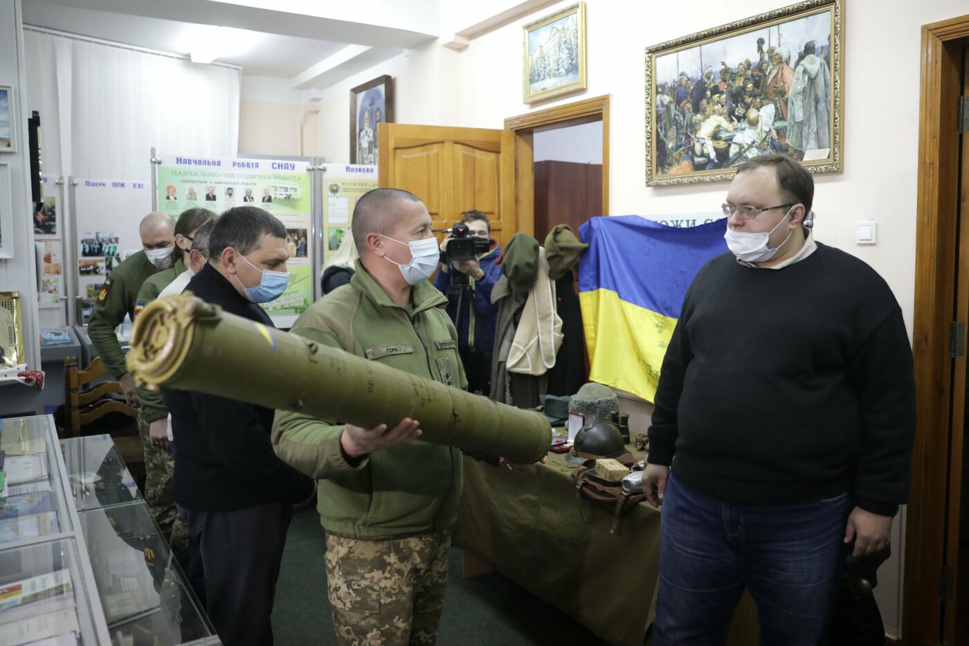 Сумський НАУ підтримав видавництво Книги пам'яті героїв війни на Донбасі, фото-5
