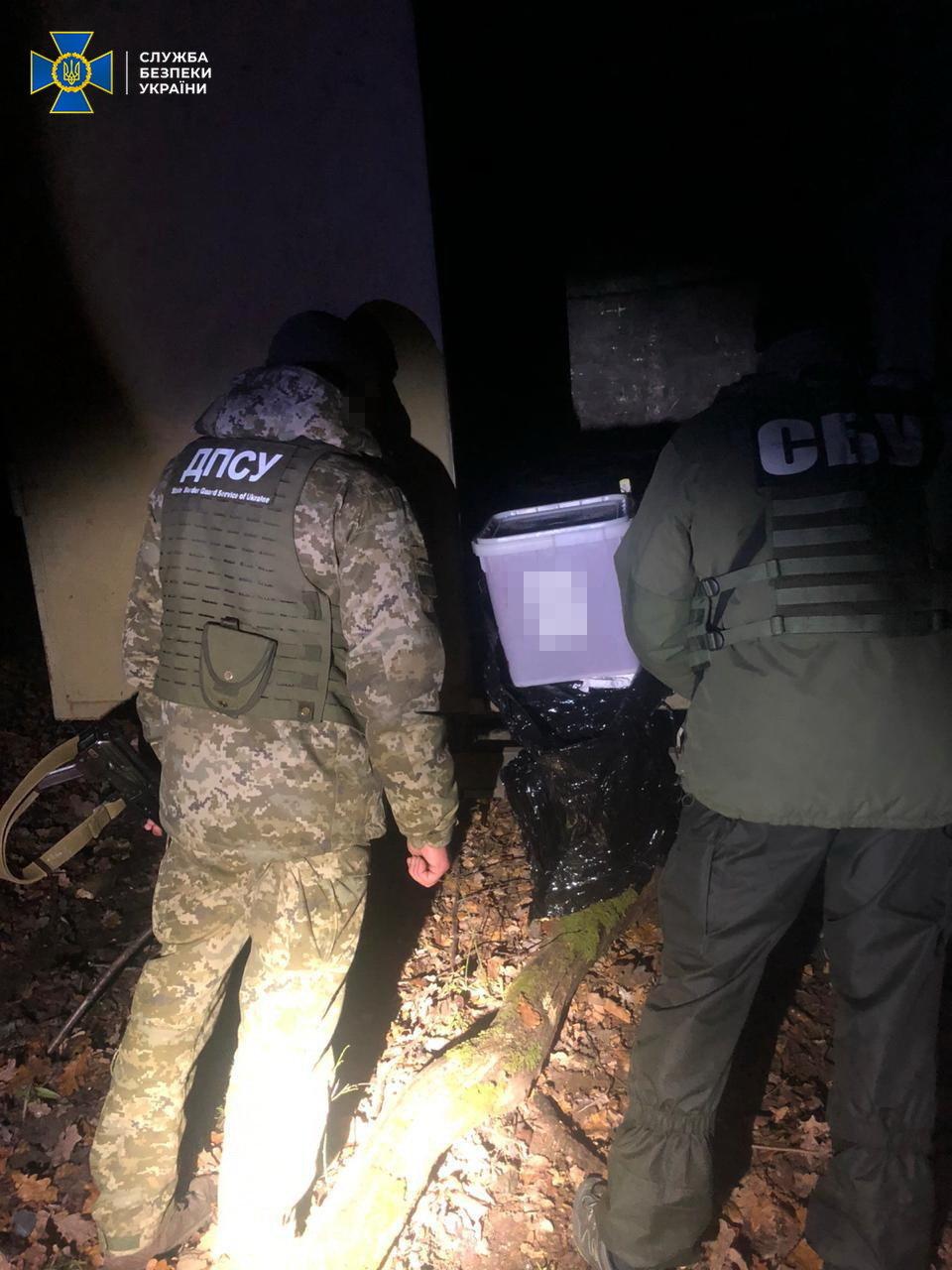 На Сумщині СБУ блокувала нелегальне ввезення червоної ікри з РФ на майже мільйон гривень, фото-3