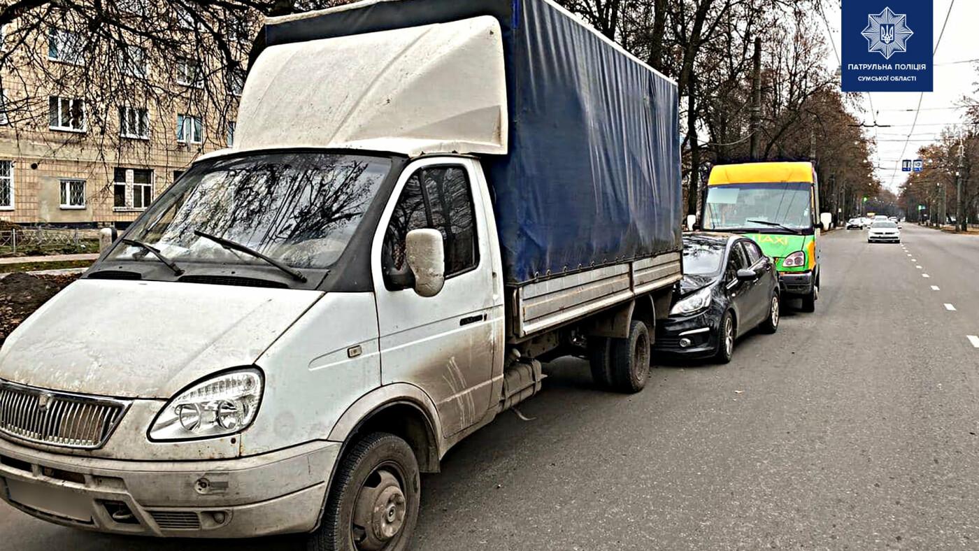 У Сумах сталася потрійна ДТП за участю маршрутки, фото-3