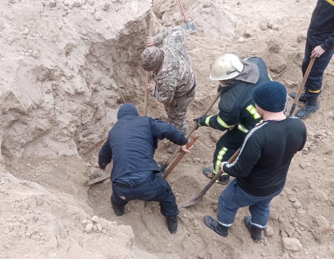 На Сумщині під зсувом піщаного грунту загинув чоловік, фото-1