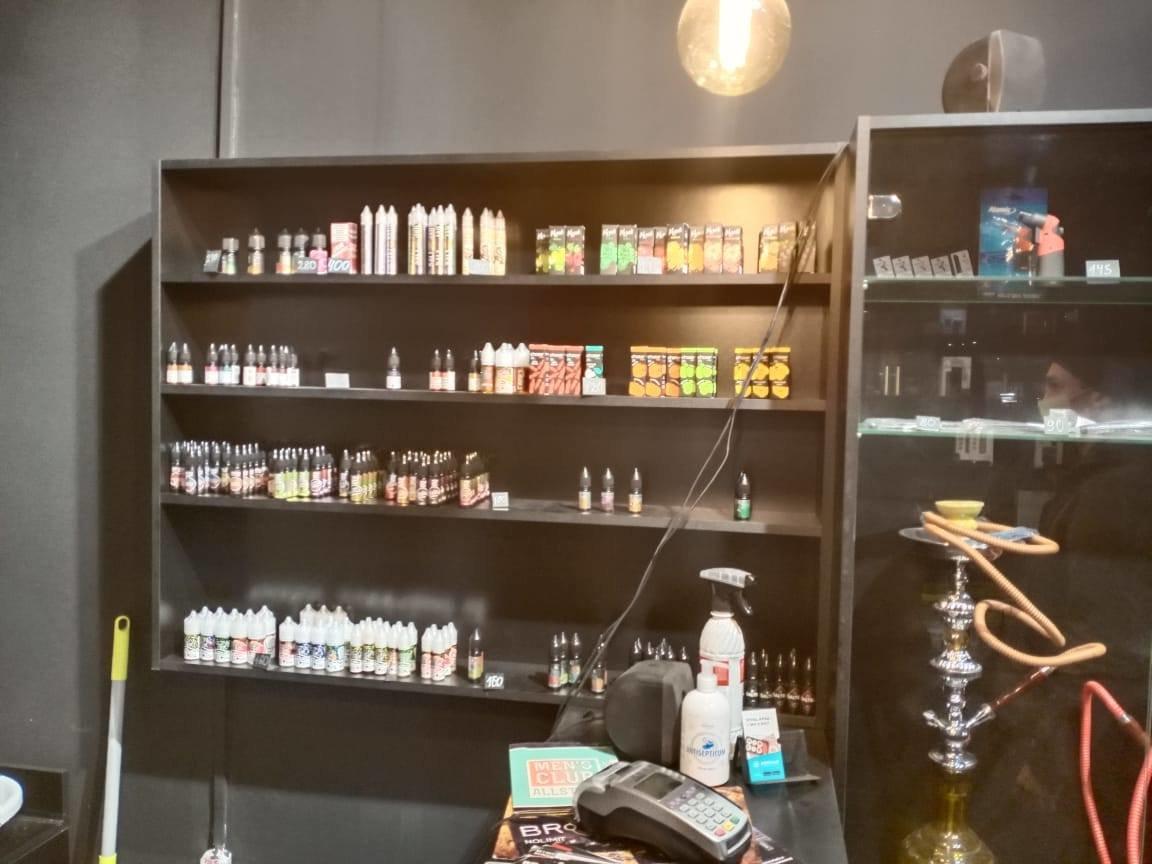 У Сумах податкова «накрила» точку продажу неліцензійних тютюнових виробів, фото-2