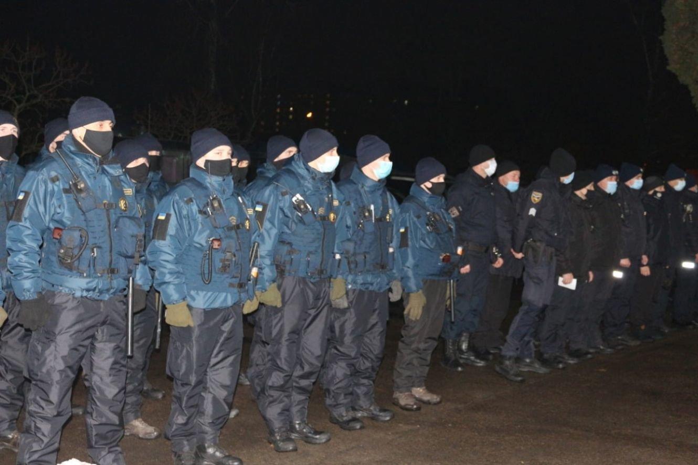 На Сумщині поліцейські готові до забезпечення правопорядку під час святкування Різдвяних свят, фото-1