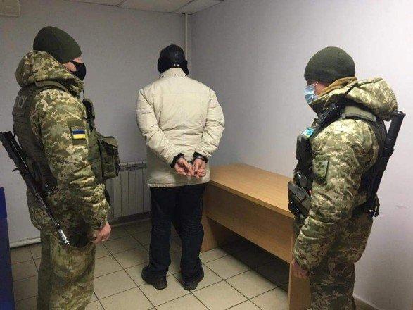 На Сумщині затримали рецидивіста, який пішки повертався до України з РФ, фото-1