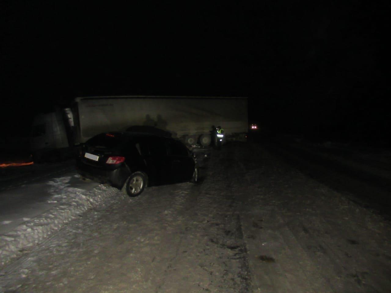 На Сумщині поліція з'ясовує обставини трьох ДТП, у яких травмувалися громадяни , фото-3