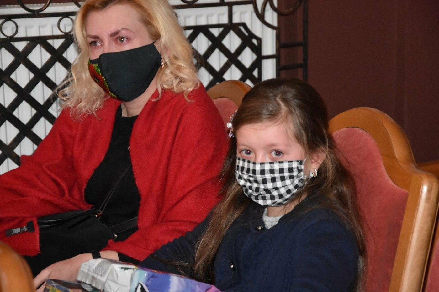 У Сумах дітям загиблих героїв на Сході України вручили обереги «Батьківське серце», фото-9