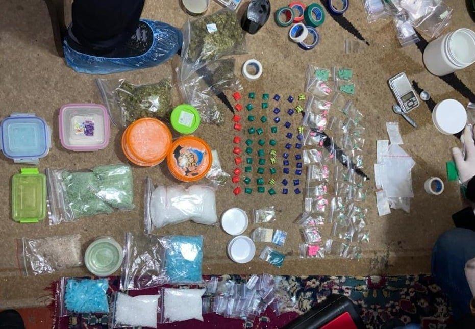 У Сумах поліція затримала чоловіка за збут наркотиків, фото-1