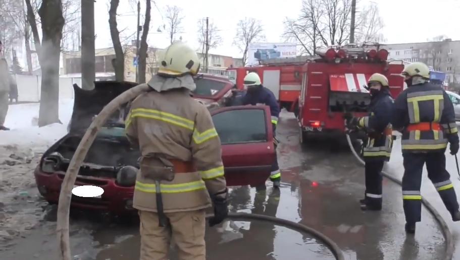 Стали відомі подробиці загоряння авто в Сумах, фото-3