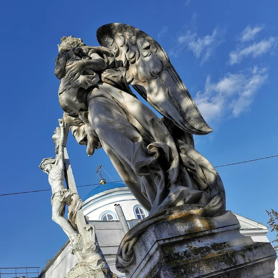 Фотофакт: скульптури Круазі у Сумах у катастрофічному стані, фото-9