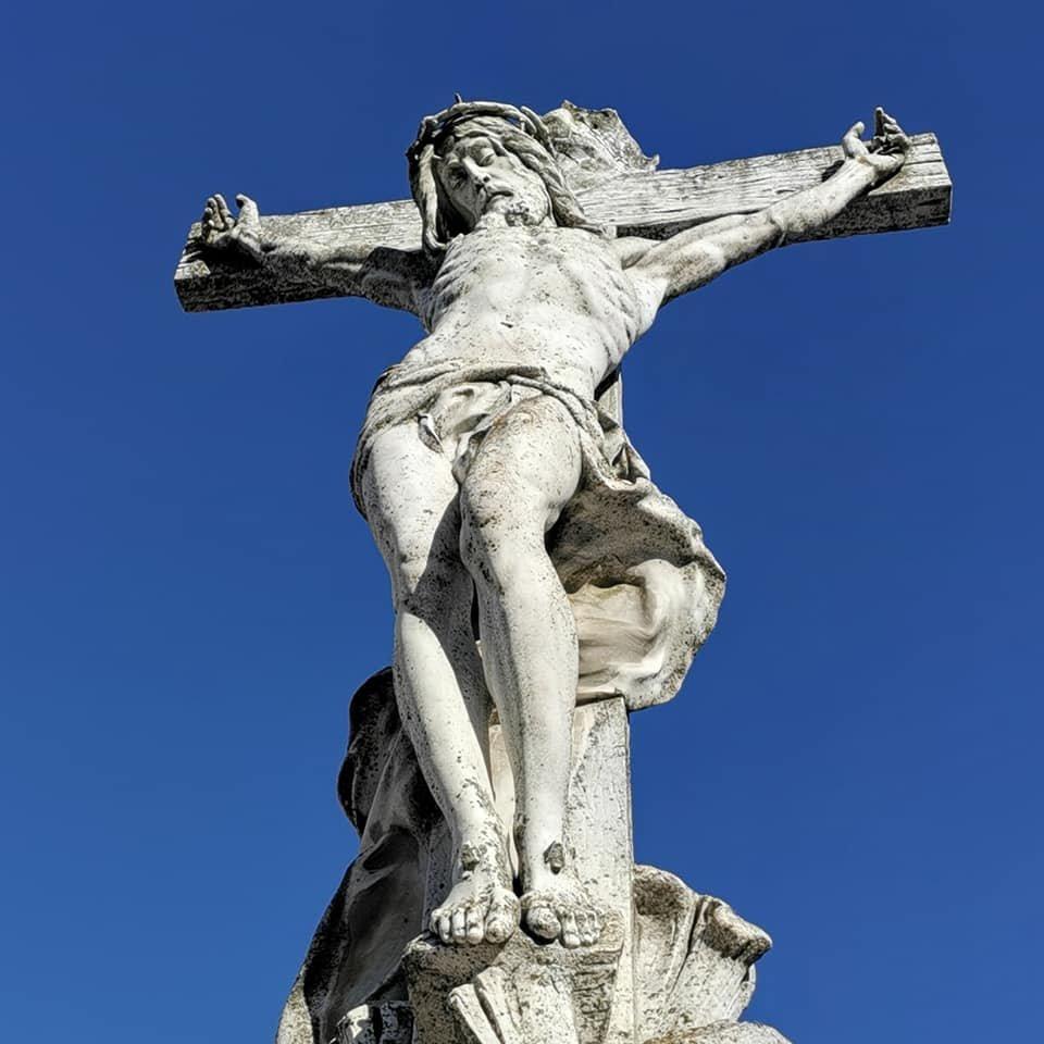 Фотофакт: скульптури Круазі у Сумах у катастрофічному стані, фото-3