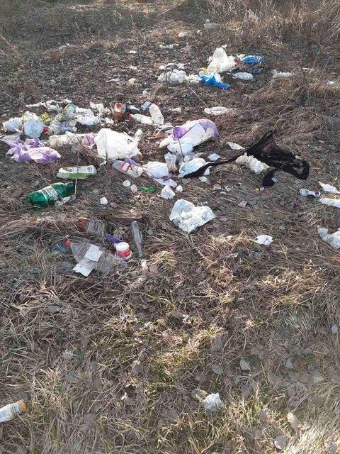 Село на Сумщині перетворили на сміттєзвалище, фото-2
