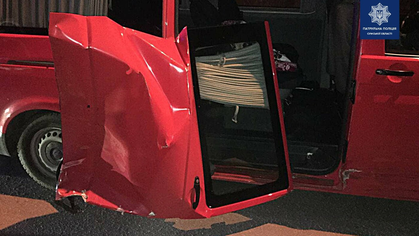 У Сумах внаслідок ДТП до лікарні потрапила 6-річна дитина та 21-річна дівчина, фото-2