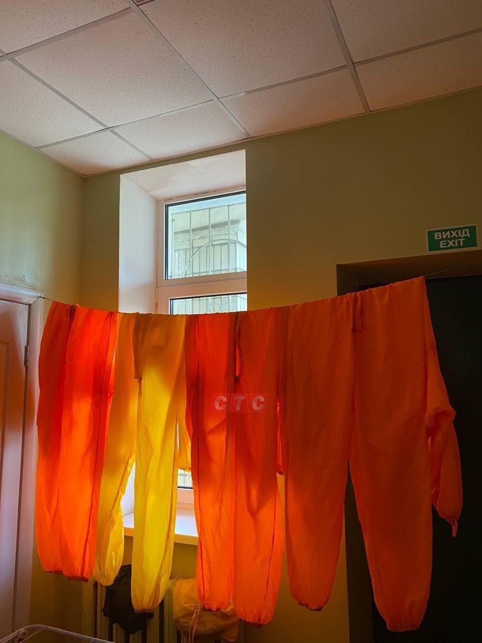 Сумські журналісти побували у відділенні, де лікують хворих на Covid-19, фото-1