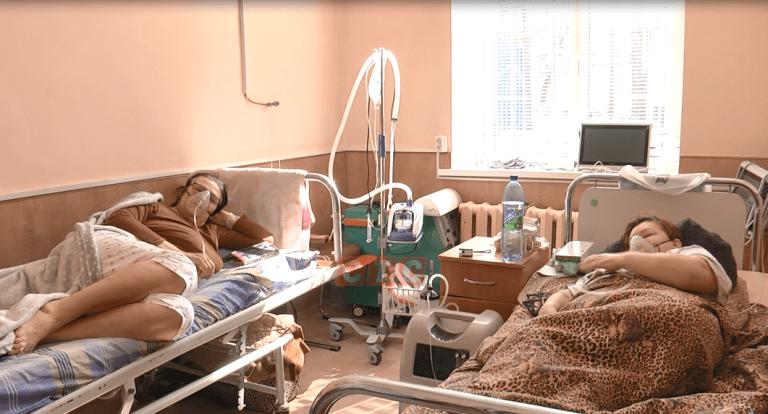 Сумські журналісти побували у відділенні, де лікують хворих на Covid-19, фото-4