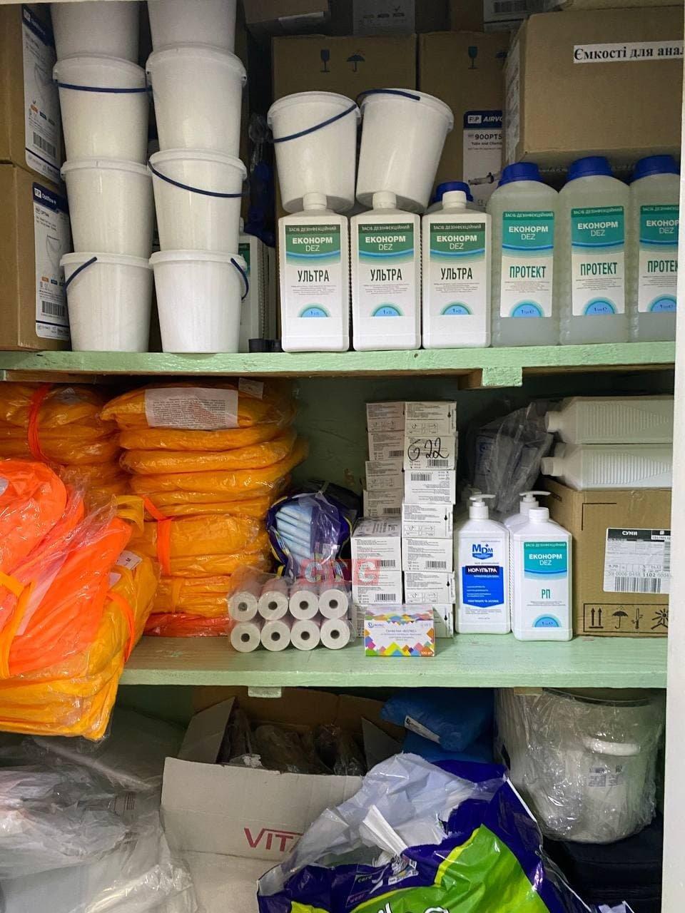 Сумські журналісти побували у відділенні, де лікують хворих на Covid-19, фото-5