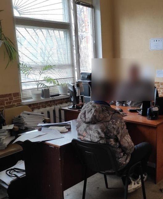 1000 доларів хабаря – на Сумщині чоловік намагався підкупити керівника слідчого підрозділу поліції, фото-1