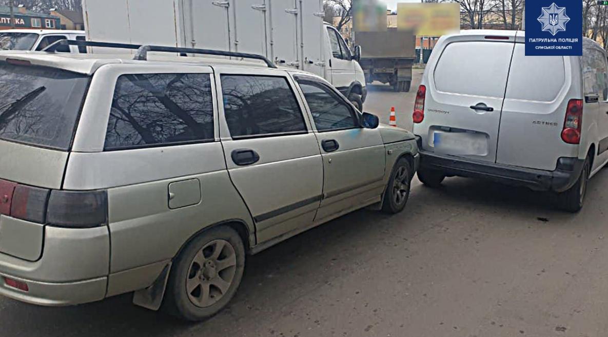 У Сумах зіткнулися ВАЗ та Peugeot, фото-2