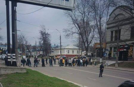 У Сумах мітингувальники перекрили рух транспорту, фото-2