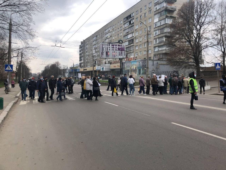 У Сумах мітингувальники перекрили рух транспорту, фото-3