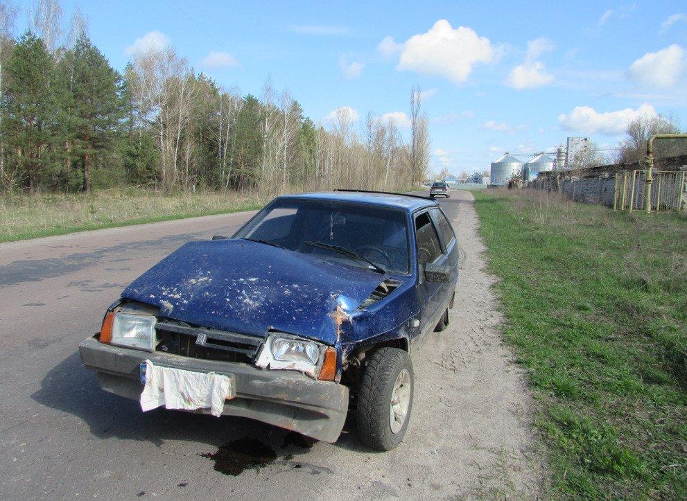 На Сумщині автівка знесла цегляну огорожу ТЕЦ, фото-1