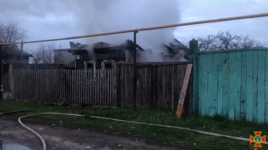 На Сумщині за минулу добу вогнеборці двічі ліквідовували загоряння в житлових будинках, фото-3