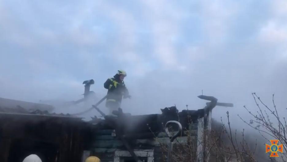 На Сумщині за минулу добу вогнеборці двічі ліквідовували загоряння в житлових будинках, фото-2