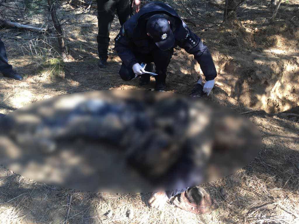 Жорстоке вбивство на Сумщині: чоловіка вивезли в ліс, побили та закопали тіло, фото-2