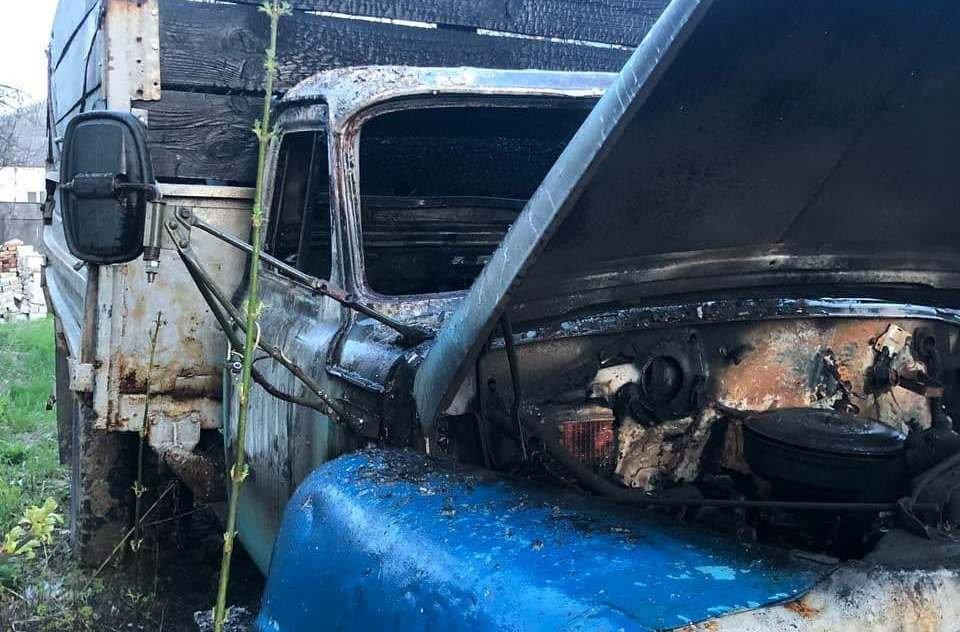 На Сумщині рятувальники ліквідували загорання вантажного автомобіля, фото-3